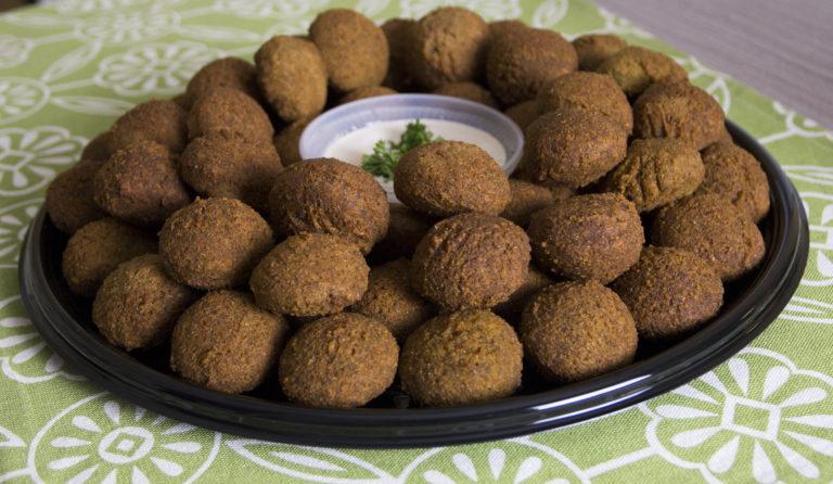 Falafel Platter with Garlic Tahini